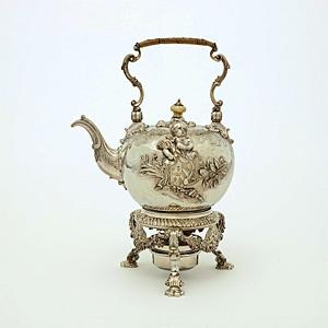 Kuhmen.ru - Посуда всемирно известно марки De Lamerie, потрясает своим изяществом и красотой.